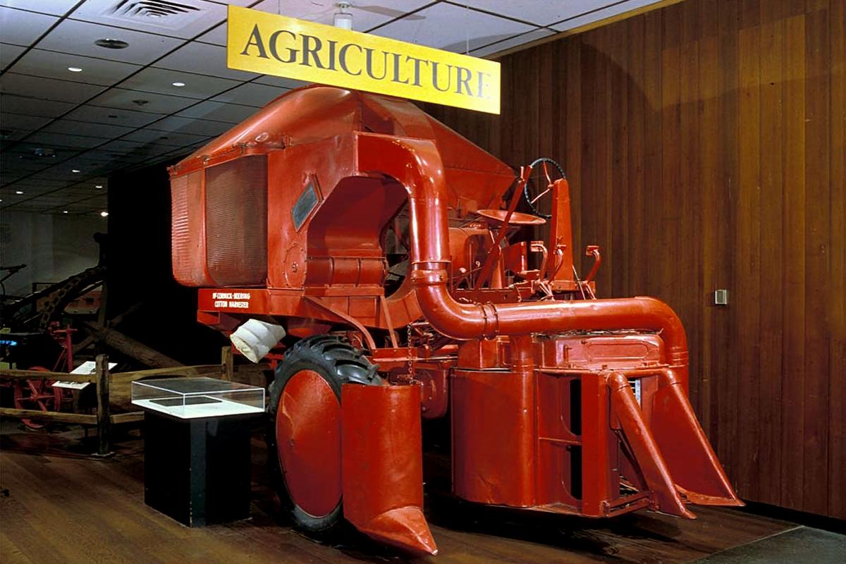Old Red International Harvester H-10-H Cotton Harvester